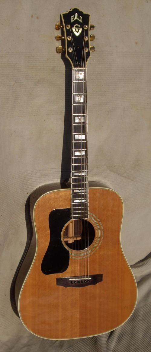 75 GUILD D55 Lefty Rosewood Very Rare, EX+ code LH199